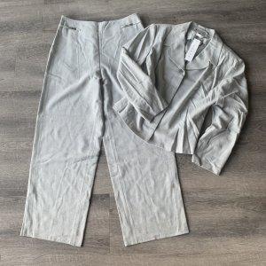 Tolles Set Blazer + Hose von Modee Gr. 44 / XXL