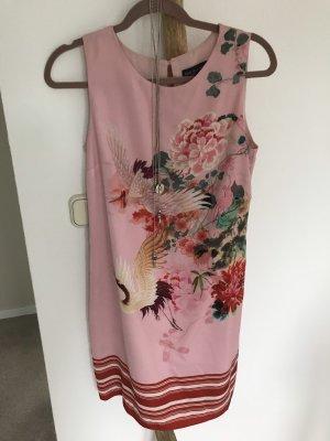 Ana Alcazar Ołówkowa sukienka jasny różowy-ciemnoczerwony