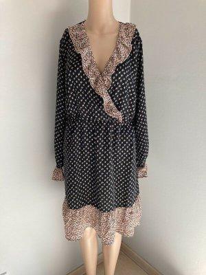 Tolles Sommerkleid Gr. 40 passt auch bei 42 Volant Kleid Langarm tolles Sommerkleid Gr. 40 Achselbreite ca. 52 cm Länge ca. 94 cm