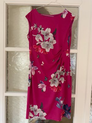 Tolles Sommerkleid ideal für die Reise