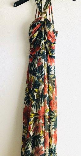 Tolles Sommerkleid im trendigen Floral-Style von Deby Debo