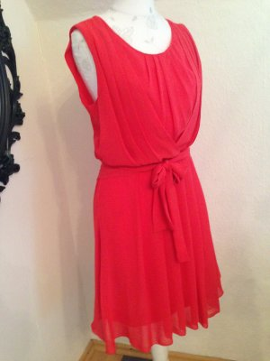 tolles Sommerkleid, leuchtendes Rot,fließender Stoff,Hingucker, Größe S