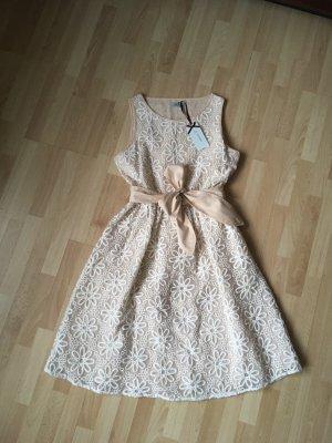 Tolles sommerliches Kleid