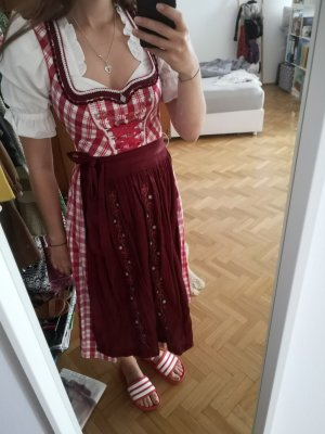 Tolles, traditionell Dirndl