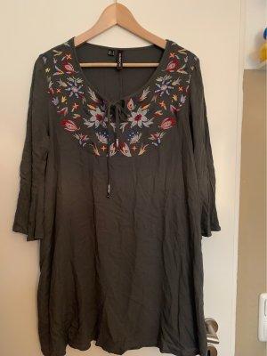Tolles Tunika-Kleid