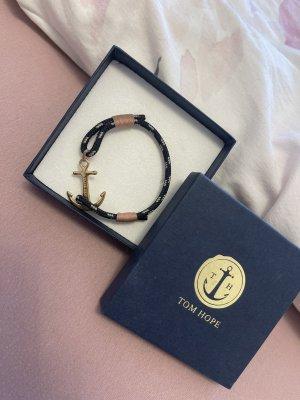 Tom Hope Armkette mit einem goldenen Anker