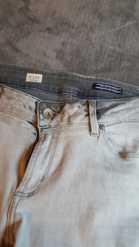 Tommy Hifiger Jeans in grau