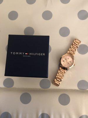 Tommy Hilfiger Reloj con pulsera metálica color rosa dorado