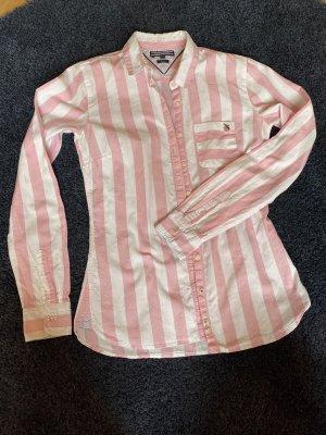 TOMMY HILFIGER / fitted Bluse mit Streifen