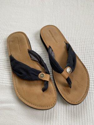 Tommy Hilfiger Flip Flops in marineblau