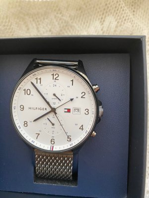 Tommy Hilfiger Watch With Metal Strap light grey-silver-colored