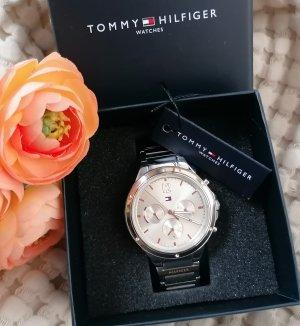 Tommy Hilfiger kristallverzierte Uhr Damen silber rosé