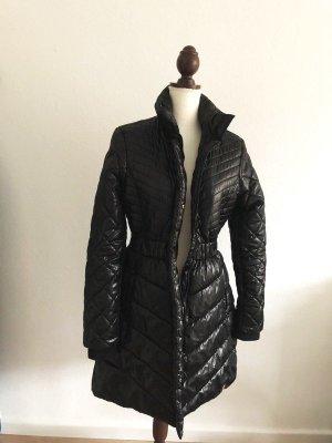 Tommy Hilfiger Mantel Jacke Winterjacke Wintermantel schwarz gesteppt warm tailliert Größe M