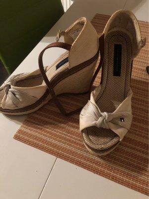 Tommy Hilfiger Chaussure à talons carrés crème