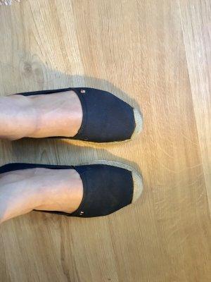 Tommy Hilfiger Schuhe Gr 39