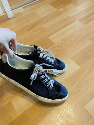 Tommy Hilfiger Schuhe Größe 39