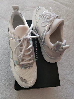 Tommy Hilfiger Sneaker (NP €130) Turnschuhe 40 6,5 7,5 NEU weiß silber Schuhe