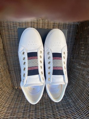 Tommy Hilfiger Sneakers Gr. 40 tadellos