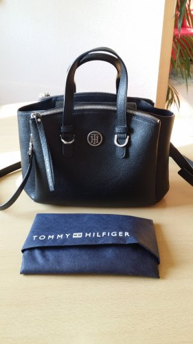 Tommy Hilfiger TH Core Medium Stachel black