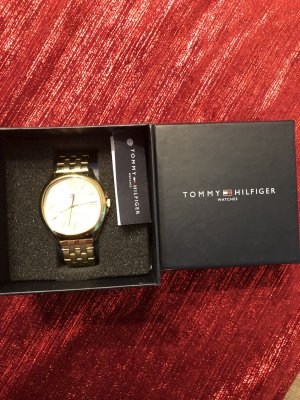 Tommy Hilfiger Uhr Neuwertig