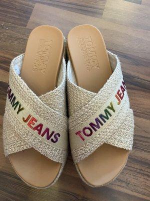 Tommy Jeans Sandalias con tacón beige