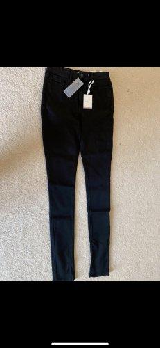 Tommy Jeans schwarz 27/32 neu mit Etikett