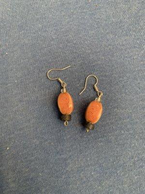 Kolczyk z perłą jasnoszary-różowy