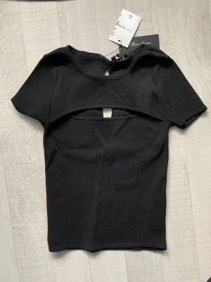 Mavi Camisa con cuello V negro