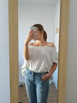 Canda Off-The-Shoulder Top white