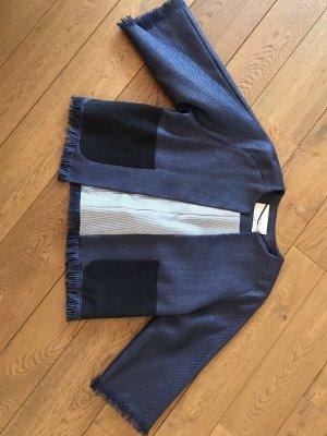 Top-modische, neuwertige Kurz-Jacke,