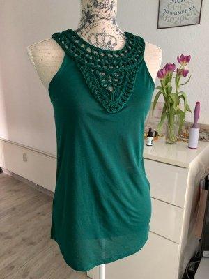 Top/Shirt - Smaragdgrün - Edles Dekor - Länger geschnitten - Größe XS 32/34