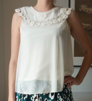 Topshop Bluse mit großem Kragen Stickerei Spitze weiß Gr. 36/38 S/M