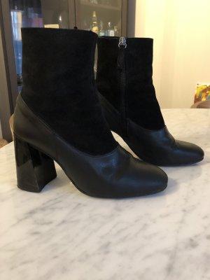 Topshop Zipper Booties black leather