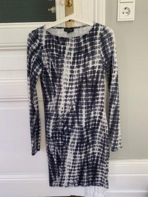 TopShop Kleid in Batikmuster