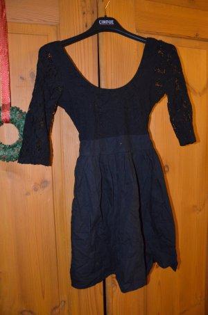 Topshop Kleid schwarz Spitze Gr. 36 (UK8)