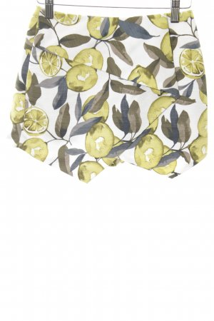 Topshop Shorts Allover-Druck Street-Fashion-Look
