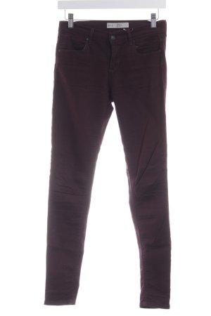 Topshop Skinny Jeans brombeerrot-bordeauxrot sportlicher Stil