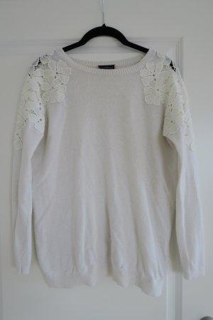 TOPSHOP toller Pullover mit Blumenapplikation an Schultern