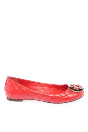 Tory Burch Ballerina di pelle verniciata rosso motivo trapuntato stile casual