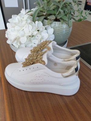 Tosca blu Sneakersy wciągane biały-złoto