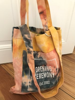 Tote Bag Opening Ceremony