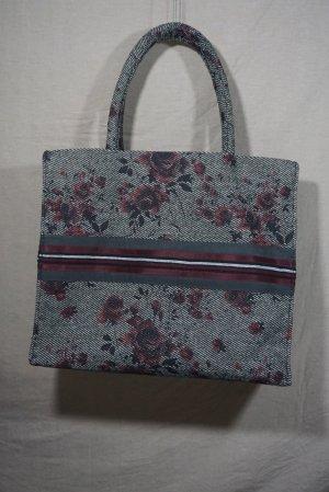 Tote Tasche mit floral-Motiv aus Stoff mit Stickerei in Dunkelrot