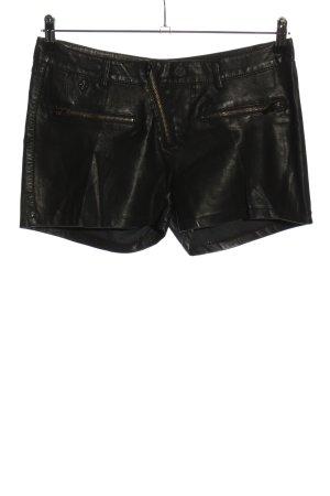 Toxik3 Shorts black casual look