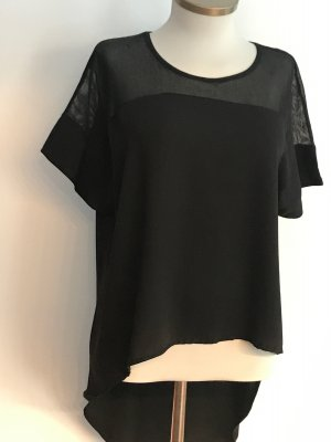 Tpo Shirt in schwarz