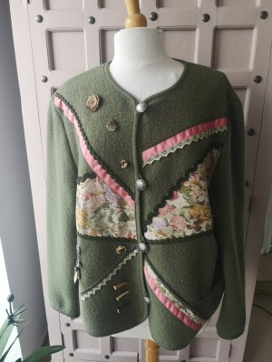 Tradycyjna kurtka różowy-szaro-zielony