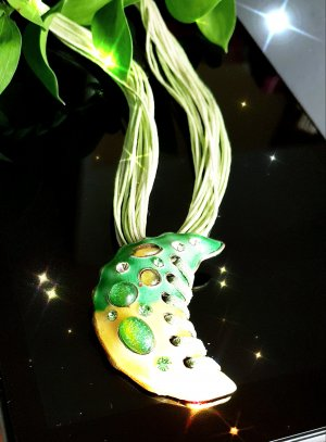 Statement Necklace yellow-green