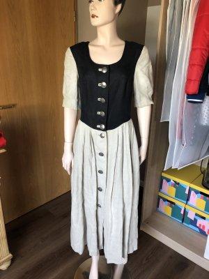 Trachtenkleid von Steinbock