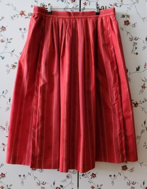 Wenger Traditional Skirt red cotton