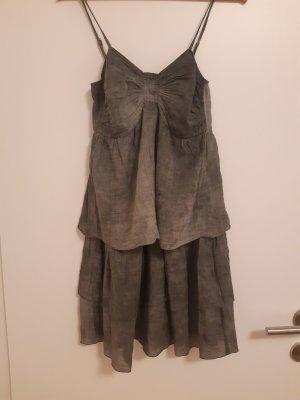 Carla G. Robe à bretelles argenté-gris clair coton