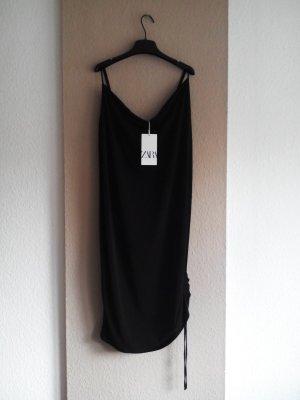 Trägerkleid in schwarz mit regulierbarer Raffung, Größe L, neu